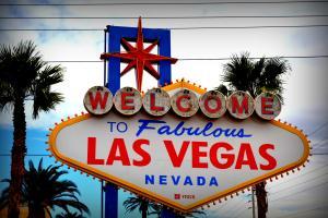 ©Through the Lens of Joy - Las Vegas. Het beroemde bord.